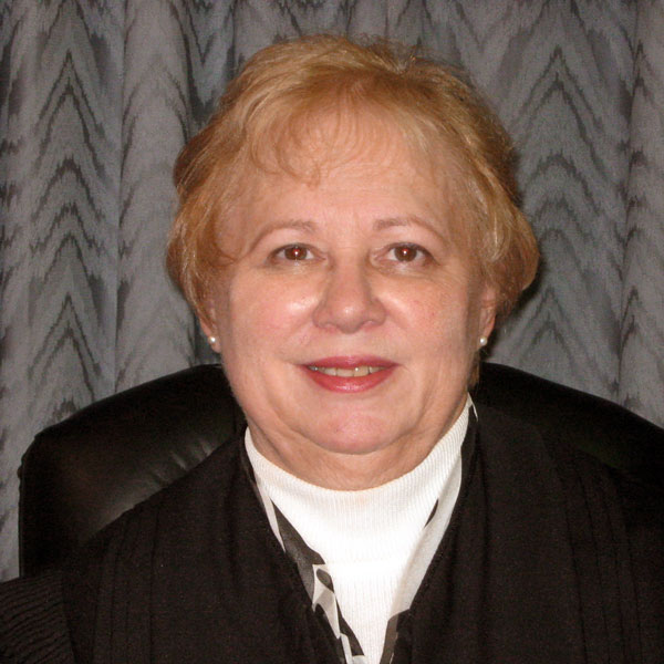 Judge Mary Zitters, picture of Judge Mary Zitters Judge of Probate / juvenile for Mercer County